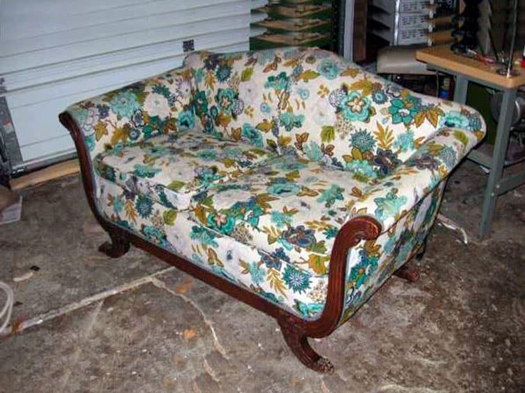 Перетянуть подлокотники дивана