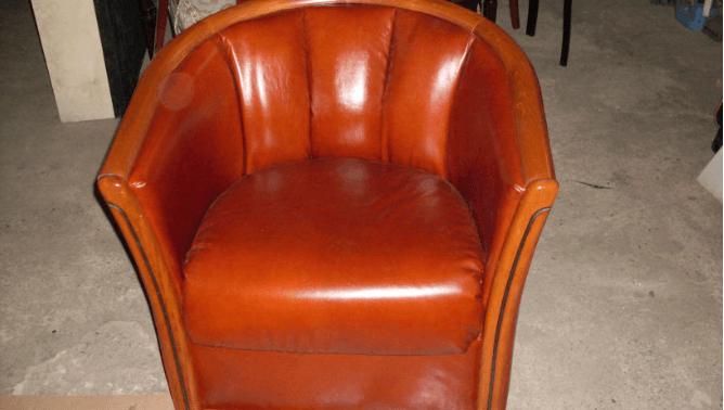Перетяжка кресла кожзамом