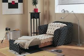 Перетяжка кресла кровати